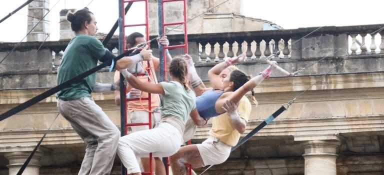 Ateliers de trapèze – Vis dans le vide